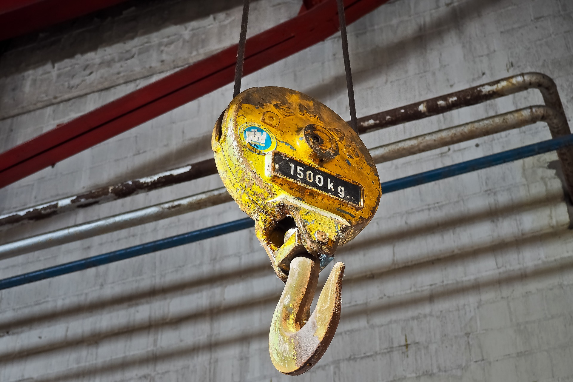 Crane hook with 15000kg load capacity